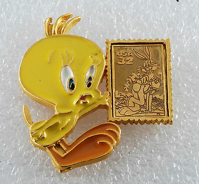 1997 Looney Tunes Stamp Collection Tweety Bird Pin Made in USA