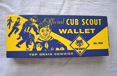VINTAGE 1950s CUB SCOUT OFFICIAL WALLET BOX PERFECT CLASSIC GRAPHICS