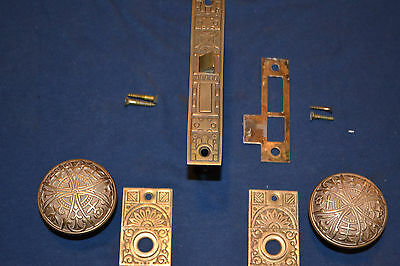1 Set Antique Victorian Eastlake Brass Door Knobs Faceplates Beautiful & Lockset
