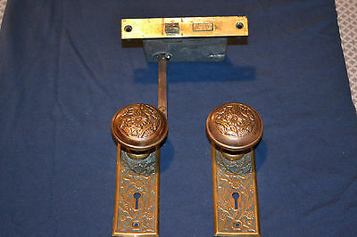 1 Set Antique Victorian Eastlake Door Knobs Brass Matching Faceplates Beautiful