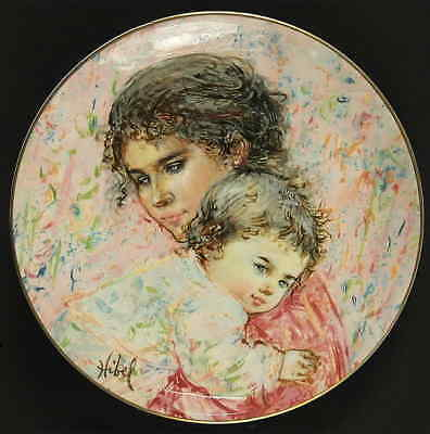 Royal Doulton MOTHER & CHILD PLATE 1976 Marilyn & Child 77533