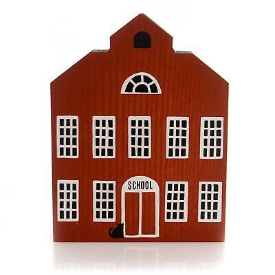Cats Meow Village SCHOOLHOUSE Wood Series I 1  Retired Pine 0104-000