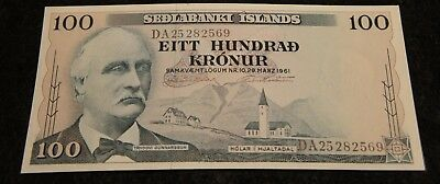 1961 100 Kronur Iceland Bank Note in UNC Condition Extremely Nice Note!!