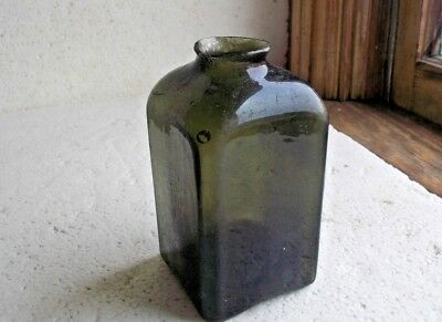 OPEN PONTIL DEEP GREEN SQUARE DIP MOLD BLOWN SNUFF BOTTLE CRUDE 1850s