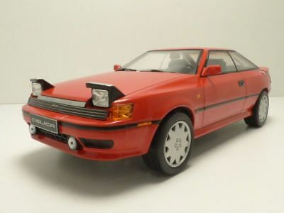 TOYOTA CELICA GT-Four ST165 rouge 1/18