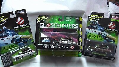 Johnny Lightning 2017 1/64 Lot Of 3 Chrome Ghostbusters Diorama & Regular New