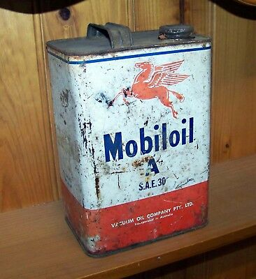 Vintage Vacuum Oil Company Tin Mobil Oil Can One Gallon Flying Pegasus