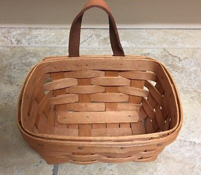 """Longaberger 1991 Small Key Basket with Leather Handle 7"""" L x 5"""" W x 3.5"""" D"""