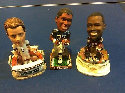 NFL Bobbleheads Seahawks Shaun Alexander, Browns Tim Couch, & Redskins Green