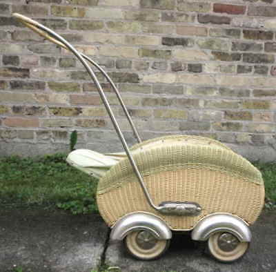 ANTIQUE WICKER BABY BUGGY CARRIAGE STROLLER 1920s-30s #583