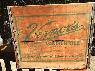 Vintage 1958 Vernors Ginger ale soda wood crate/carrier Detroit Michigan