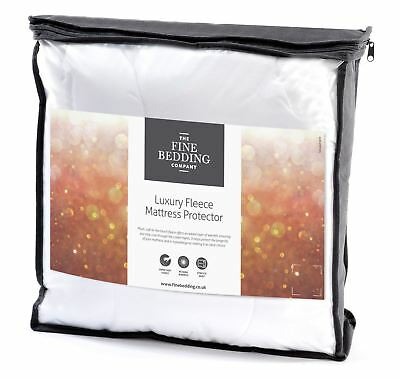 The Fine Bedding Company® Fleece Mattress Protector Luxury Warm Mattress Topper