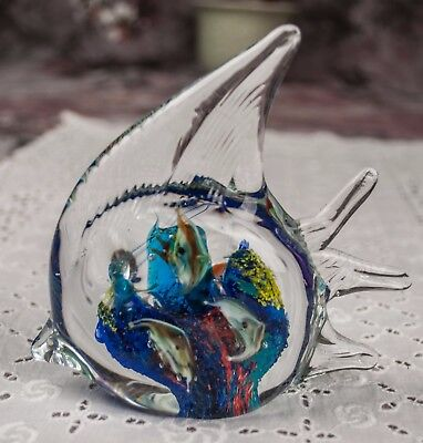ANGEL FISH art glass BLOWN GLASS paperweight BABY FISH INSIDE uncontrolled bubs
