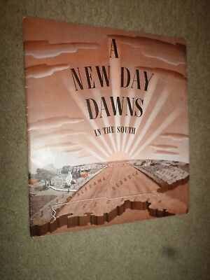 """1942 John Deere """"A New Day Dawns In The South"""" Tractor Dealer Sales Brochure"""