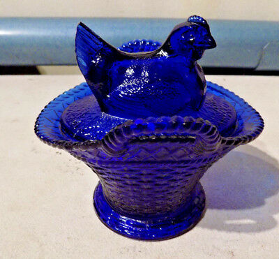 Rare Vintage Westmoreland Glass Cobalt Blue Handled Nest Candy Dish Open Tail Nr