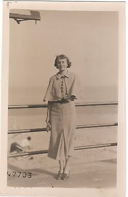 Postcard Pretty One Armed Lady Seaside Fashion Dress Amputee Sunbeam Margate Rp