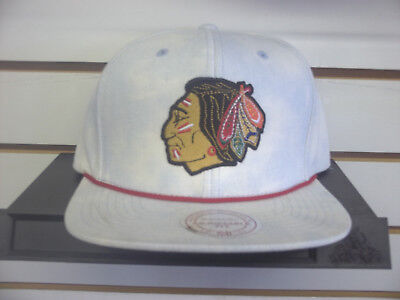 Mitchell And Ness Chicago Black Hawks Snap Back Adj. Cap