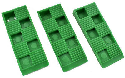 Wedgit® Green Plastic Interlocking Ribbed Wedges Levelling Cladding Decking