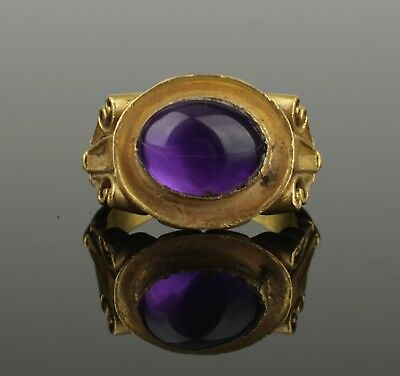 MAGNIFICENT ANCIENT ROMAN GOLD RING WITH AMETHYST - 2nd Century AD