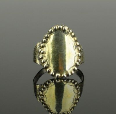 LOVELY POST MEDIEVAL SILVER RING - circa 1600