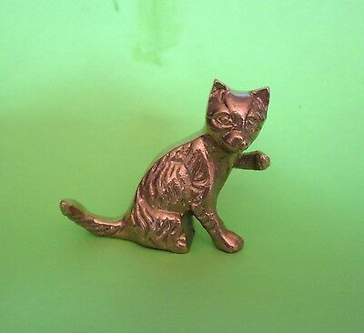 Vintage Small Brass Cat Figurine in Very Good Condition