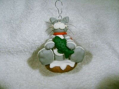 WHIMSICAL  CAT with FISH CHRISTMAS XMAS TREE  ORNAMENT