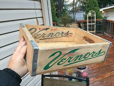 Vintage 1967 Vernors Ginger Ale  of Detroit mi. wooden soda carrier or crate