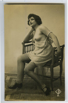 1920s French Nude PRETTY FLAPPER Negligee Lingerie risque photo postcard
