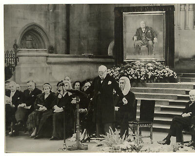 1954 LONDON Sir Winston CHURCHILL with his unveiled portrait - Photo 20x15 cm