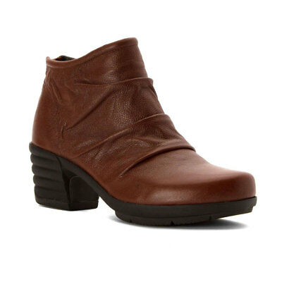 Sanita Women's Icon Explorer Bootie