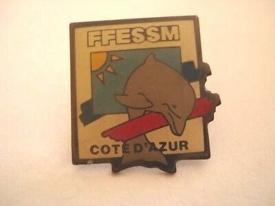 PINS RARE FFESSM FEDERATION FRANCAISE SPORTS SOUS-MARINS DAUPHIN DOLPHIN wxc 31
