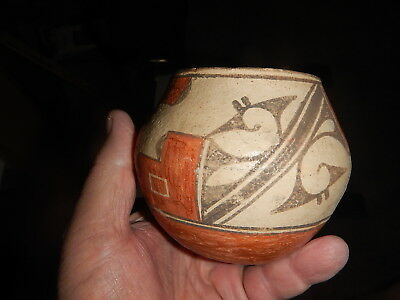 Very old American Indian Pot Pottery Pre 1935 damaged but stunning piece