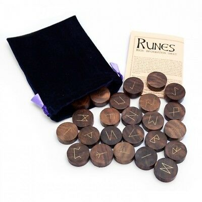 Hand-Carved Wooden Rune Set (RUNEWOOD)