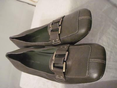 Bandolino Olive Green Woman  Leather Loafer Shoes 9.5