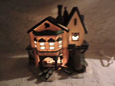 Dept. 56 THE GRAPES INN 5th Edition, 1996 #57534 - Retired Dickens