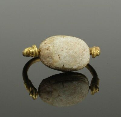 ANCIENT EGYPTIAN GOLD SCARAB RING - Middle Kingdom c. 2010 - 1793 B.C   0037