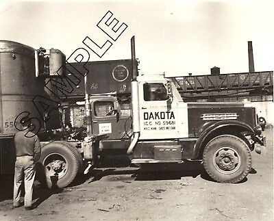 1940s STERLING HC Diesel Tractor DAKOTA TRANSFER, Minneapolis, MN 8x10 Photo #2