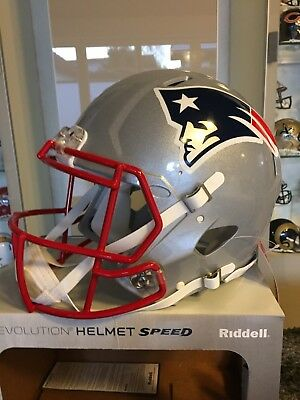 NFL Football Full Size Speed ECHT AUTHENTIC Helm NEW ENGLAND PATRIOTS NEU SPIEL