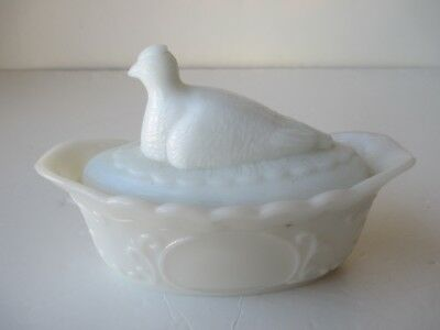 White Milk Glass Nesting Hen Vintage Covered Dish Split Tail