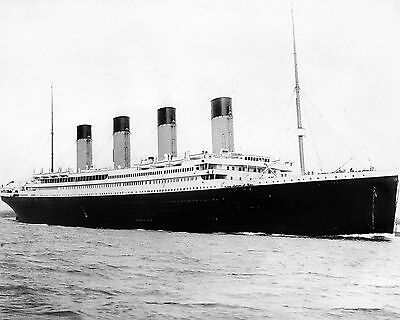 RMS Titanic April 1912 Ship Boat at Sea Ocean 8 x 10 Photo Photograph Picture