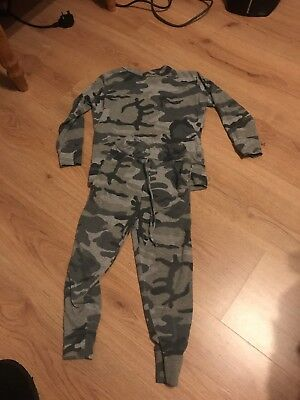 Boys Girls Grey Camouflage Tracksuit Joggers And Top 3-4 Years