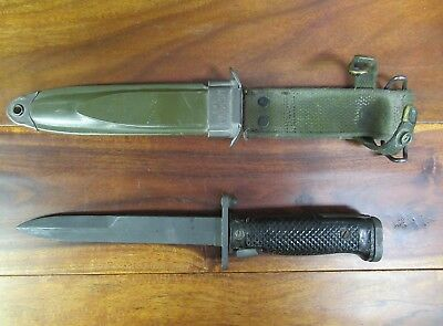 Vintage Usm8A1 Twb Bayonet Knife With  Scabbard Vietnam Era Good Condition !!!