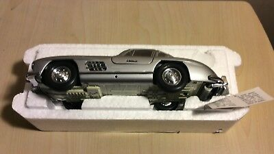 Franklin Mint  1954 Winged Mercedes-Benz 300SL 1:24 Scale
