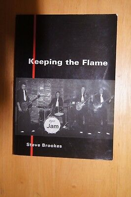 KEEPING THE FLAME PB 1996 Steve Brookes PAUL WELLER THE JAM Photographs History