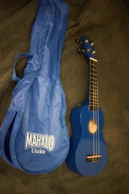Mahalo Blue Ukulele in case