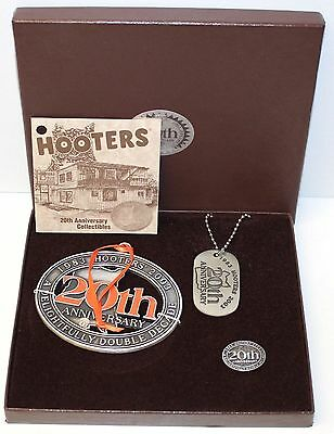 "1983-2003 ""HOOTERS 20TH ANNIVERSARY"" Ornament, Dog Tag, Pin - Box Set 1 of 5000"