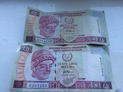 nice lot 2 cyprus cypriot £5 note notes collectable or exchange