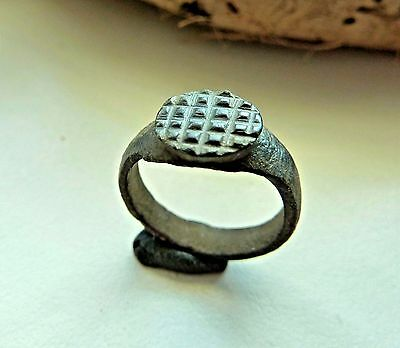 Old bronze ring (342).