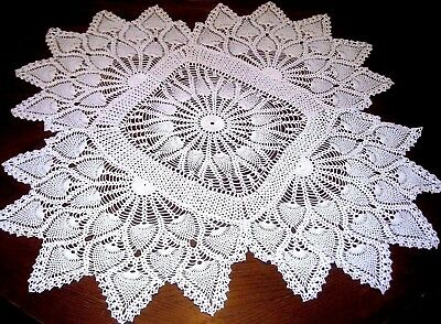 "Vintage WHITE Hand Crochet COTTON Pineapple Lace Tablecloth Size 35"" x 35"" NICE!"