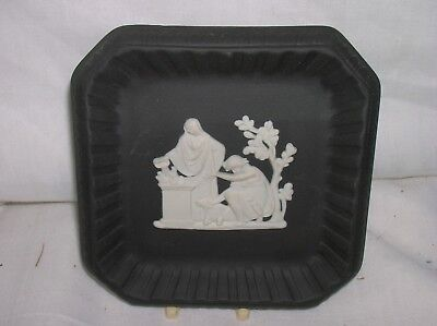 Lovely Wedgwood black jasper ware 4 inch square pin dish - excellent condition